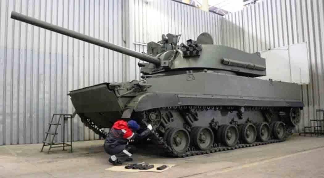 В Перми готовят военную технику к Дню Победы