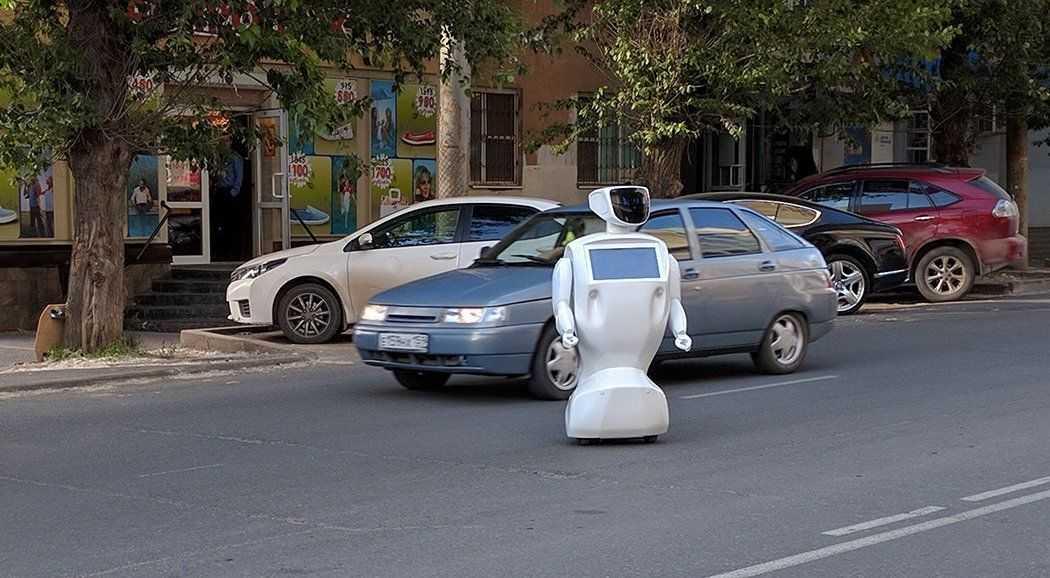 В Перми робот сбежал от своих разработчиков (видео)